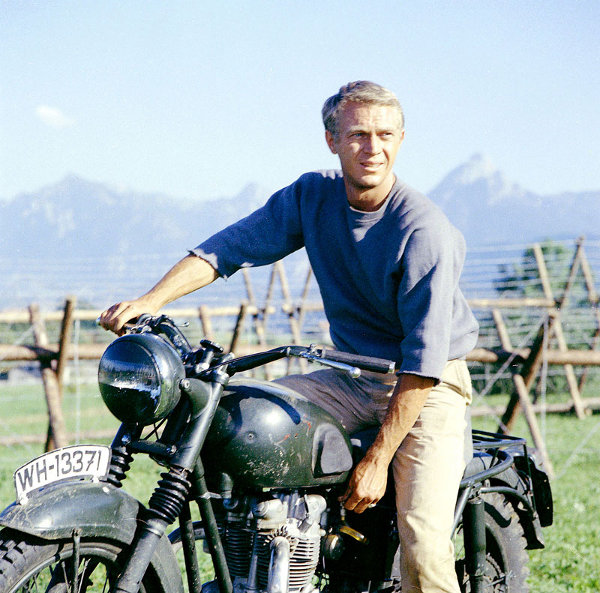 New-Tribute-Triumph-Motorcycle-for-Steve-McQueen-1.jpg