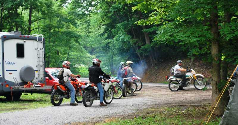 ridersheadingout.jpg